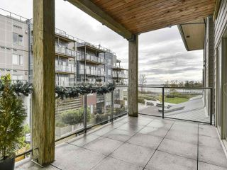 "Photo 18: 206 6160 LONDON Road in Richmond: Steveston South Condo for sale in ""THE PIER"" : MLS®# R2414228"