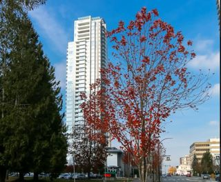 Photo 2: 3505 4880 BENNETT Street in Burnaby: Metrotown Condo for sale (Burnaby South)  : MLS®# R2418231