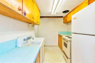 "Photo 13: 4011 GRANT Street in Burnaby: Willingdon Heights House for sale in ""Burnaby Heights"" (Burnaby North)  : MLS®# R2422637"