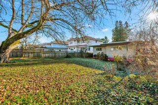 "Photo 19: 4011 GRANT Street in Burnaby: Willingdon Heights House for sale in ""Burnaby Heights"" (Burnaby North)  : MLS®# R2422637"