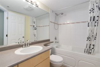 """Photo 13: 210 1503 W 66TH Avenue in Vancouver: S.W. Marine Condo for sale in """"GRANVILLE MANSION"""" (Vancouver West)  : MLS®# R2427746"""