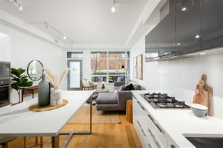 """Photo 6: 138 E 1ST Avenue in Vancouver: Mount Pleasant VE Townhouse for sale in """"Meccanica"""" (Vancouver East)  : MLS®# R2428727"""