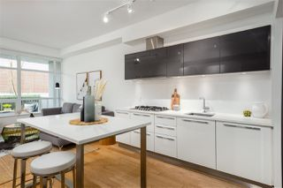"""Photo 8: 138 E 1ST Avenue in Vancouver: Mount Pleasant VE Townhouse for sale in """"Meccanica"""" (Vancouver East)  : MLS®# R2428727"""