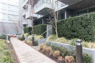 """Photo 14: 138 E 1ST Avenue in Vancouver: Mount Pleasant VE Townhouse for sale in """"Meccanica"""" (Vancouver East)  : MLS®# R2428727"""