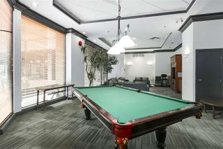 """Photo 14: 407 1177 HORNBY Street in Vancouver: Downtown VW Condo for sale in """"London Place"""" (Vancouver West)  : MLS®# R2437387"""