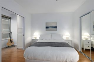 """Photo 11: 407 1177 HORNBY Street in Vancouver: Downtown VW Condo for sale in """"London Place"""" (Vancouver West)  : MLS®# R2437387"""