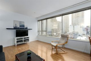 """Photo 3: 407 1177 HORNBY Street in Vancouver: Downtown VW Condo for sale in """"London Place"""" (Vancouver West)  : MLS®# R2437387"""