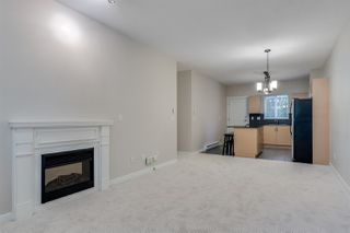 Photo 3: 204 1661 FRASER AVENUE in Port Coquitlam: Glenwood PQ Townhouse for sale : MLS®# R2456312
