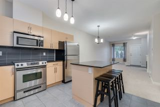 Photo 9: 204 1661 FRASER AVENUE in Port Coquitlam: Glenwood PQ Townhouse for sale : MLS®# R2456312