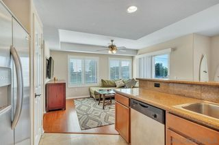 Photo 6: PACIFIC BEACH Condo for sale : 2 bedrooms : 1605 Emerald St in San Diego
