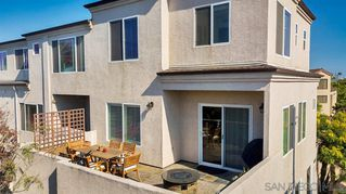 Photo 2: PACIFIC BEACH Condo for sale : 2 bedrooms : 1605 Emerald St in San Diego