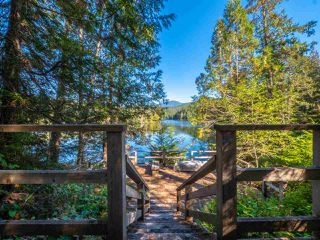 "Photo 29: 13702 CAMP BURLEY Road in Garden Bay: Pender Harbour Egmont House for sale in ""Mixal Lake"" (Sunshine Coast)  : MLS®# R2485235"
