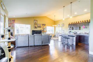 Main Photo: 301 11 Buller St in : Du Ladysmith Condo Apartment for sale (Duncan)  : MLS®# 852098