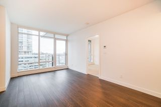 """Photo 15: 2106 2008 ROSSER Avenue in Burnaby: Brentwood Park Condo for sale in """"SOLO"""" (Burnaby North)  : MLS®# R2527577"""
