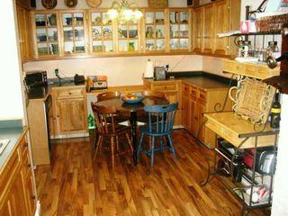 Photo 7: 210 AVALON Road in Winnipeg: St Vital Single Family Detached for sale (South East Winnipeg)  : MLS®# 2703492