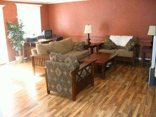 Photo 2: 210 AVALON Road in Winnipeg: St Vital Single Family Detached for sale (South East Winnipeg)  : MLS®# 2703492
