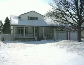 Photo 1: 210 AVALON Road in Winnipeg: St Vital Single Family Detached for sale (South East Winnipeg)  : MLS®# 2703492