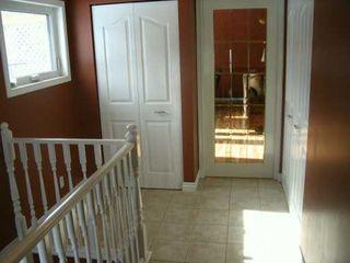 Photo 3: 210 AVALON Road in Winnipeg: St Vital Single Family Detached for sale (South East Winnipeg)  : MLS®# 2703492