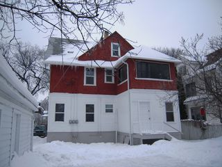 Photo 2: 509 Dominion ST in Winnipeg: Residential for sale : MLS®# 1101611