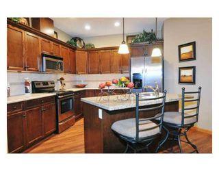 Photo 3: # 81 24185 106B AV in Maple Ridge: Condo for sale : MLS®# V843985