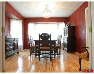 """Photo 5: 21582 84TH Avenue in Langley: Walnut Grove House  in """"Forest Hills"""" : MLS®# F2718779"""