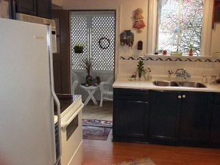 Photo 10: 1395 Inglewood Ave.  NOW SOLD !!: House for sale (Ambleside)