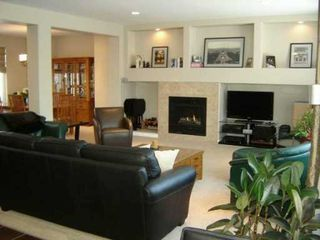 Photo 2: 19 STONECOURT Place in WINNIPEG: Windsor Park / Southdale / Island Lakes Residential for sale (South East Winnipeg)  : MLS®# 2805436