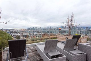 "Photo 16: 815 250 E 6TH Avenue in Vancouver: Mount Pleasant VE Condo for sale in ""DISTRICT"" (Vancouver East)  : MLS®# R2404208"