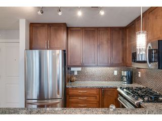 """Photo 4: 509 3811 HASTINGS Street in Burnaby: Vancouver Heights Condo for sale in """"Mondeo"""" (Burnaby North)  : MLS®# R2406468"""