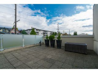 """Photo 2: 509 3811 HASTINGS Street in Burnaby: Vancouver Heights Condo for sale in """"Mondeo"""" (Burnaby North)  : MLS®# R2406468"""