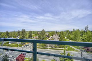 "Photo 15: 804 14824 NORTH BLUFF Road: White Rock Condo for sale in ""Belair"" (South Surrey White Rock)  : MLS®# R2410463"