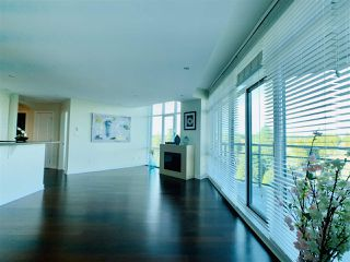 """Photo 7: 804 14824 NORTH BLUFF Road: White Rock Condo for sale in """"Belair"""" (South Surrey White Rock)  : MLS®# R2410463"""