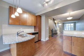Photo 10: 1647 CUNNINGHAM Way in Edmonton: Zone 55 Townhouse for sale : MLS®# E4178265