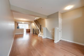 Photo 3: 1647 CUNNINGHAM Way in Edmonton: Zone 55 Townhouse for sale : MLS®# E4178265