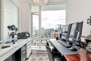 "Photo 11: 2208 161 W GEORGIA Street in Vancouver: Downtown VW Condo for sale in ""COSMO"" (Vancouver West)  : MLS®# R2461704"