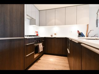 """Photo 4: 208 1588 E HASTINGS Street in Vancouver: Hastings Condo for sale in """"Boheme"""" (Vancouver East)  : MLS®# R2495592"""
