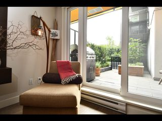 """Photo 2: 208 1588 E HASTINGS Street in Vancouver: Hastings Condo for sale in """"Boheme"""" (Vancouver East)  : MLS®# R2495592"""