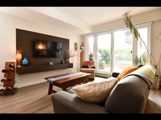 """Photo 10: 208 1588 E HASTINGS Street in Vancouver: Hastings Condo for sale in """"Boheme"""" (Vancouver East)  : MLS®# R2495592"""
