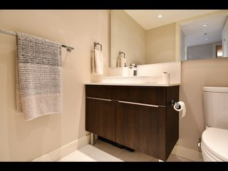 """Photo 24: 208 1588 E HASTINGS Street in Vancouver: Hastings Condo for sale in """"Boheme"""" (Vancouver East)  : MLS®# R2495592"""