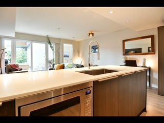 """Photo 30: 208 1588 E HASTINGS Street in Vancouver: Hastings Condo for sale in """"Boheme"""" (Vancouver East)  : MLS®# R2495592"""