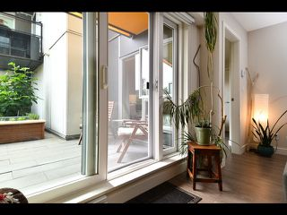 """Photo 13: 208 1588 E HASTINGS Street in Vancouver: Hastings Condo for sale in """"Boheme"""" (Vancouver East)  : MLS®# R2495592"""