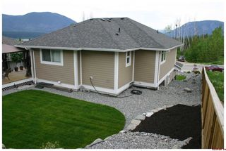 Photo 9: 820 - 17th Street S.E. in Salmon Arm: Laurel Estates Residential Detached for sale : MLS®# 10009201