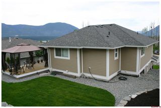 Photo 11: 820 - 17th Street S.E. in Salmon Arm: Laurel Estates Residential Detached for sale : MLS®# 10009201