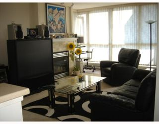"Photo 4: 1205 5848 OLIVE Avenue in Burnaby: Metrotown Condo for sale in ""THE SONNER"" (Burnaby South)  : MLS®# V652339"