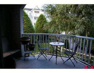 "Photo 2: 113 20897 57TH Avenue in Langley: Langley City Condo for sale in ""Arbour Lane"" : MLS®# F2724568"