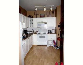 "Photo 3: 113 20897 57TH Avenue in Langley: Langley City Condo for sale in ""Arbour Lane"" : MLS®# F2724568"