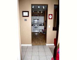 """Photo 10: 113 20897 57TH Avenue in Langley: Langley City Condo for sale in """"Arbour Lane"""" : MLS®# F2724568"""