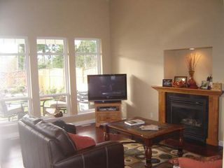 Photo 5: 2319 SUFFOLK CRES in COURTENAY: Residential Detached for sale : MLS®# 246096
