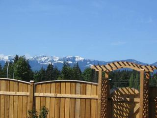 Photo 8: 2319 SUFFOLK CRES in COURTENAY: Residential Detached for sale : MLS®# 246096