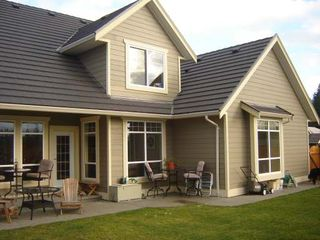 Photo 9: 2319 SUFFOLK CRES in COURTENAY: Residential Detached for sale : MLS®# 246096